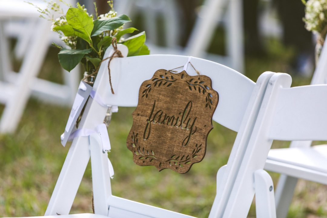 Wedding Chairs Center Piece Overeasy Events Wedding Aisle